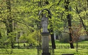 Pomnik Jana Nepomucena w Krzeszowicach